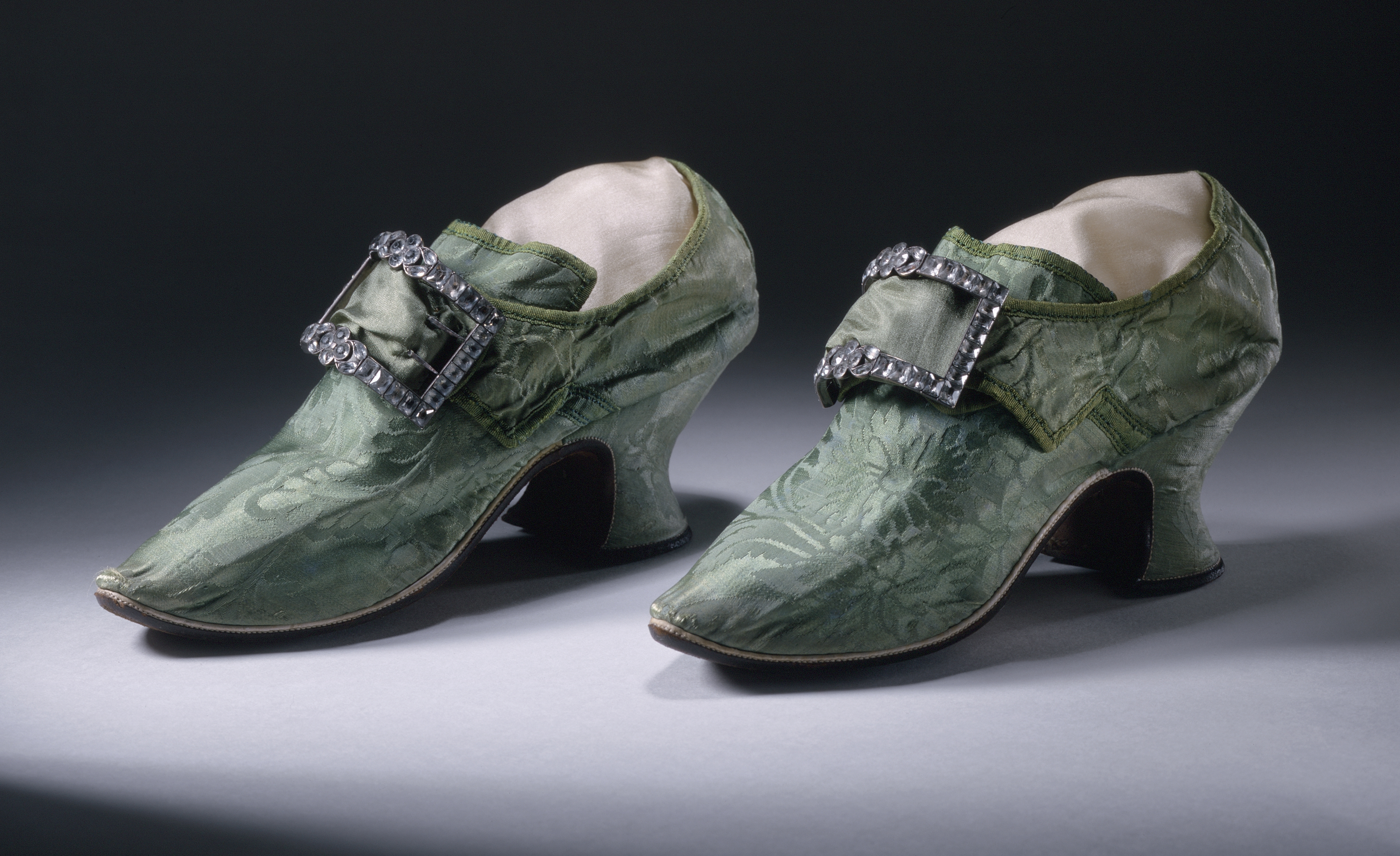 Shoes Before 1800 Womans Spitalfields Silk Damask Shoes With Buckles S